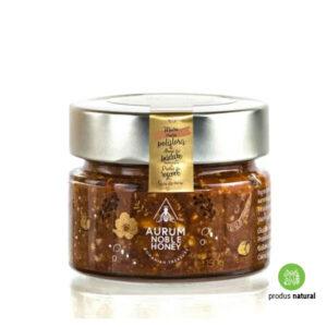 Cremă de miere polifloră, alune de pădure, pudră de roșcove și sare de mare